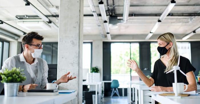 Distanziamento sociale sul lavoro: le tecnologie che servono